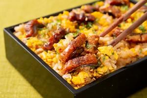 201932_chirashi_sushi_mixed_with_eel_and_eggs