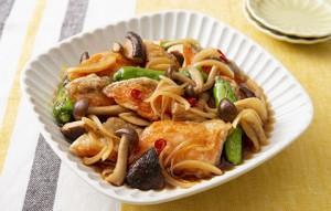 2020102_fried_salmon_and_shimeji_mushroom_marinated_in_sweet_and_spicy_vinegar
